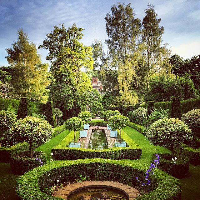 The Dower House Garden, Morville Hall. #gardenphotographer #morvillehall #thedowerhousegarden #gardenphotography