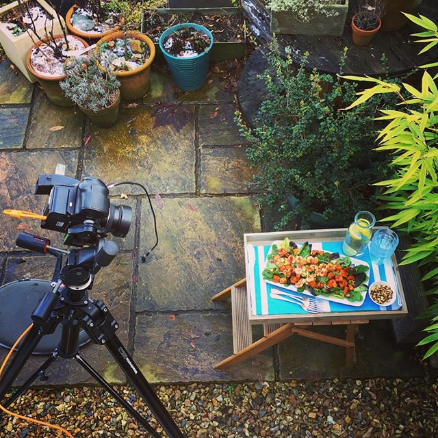 Behind the scenes at today's @makemoreofsalad shoot with @tinyteaps and @fruitandveggirl @pamlloydpr #makemoreofsalad #foodphotography