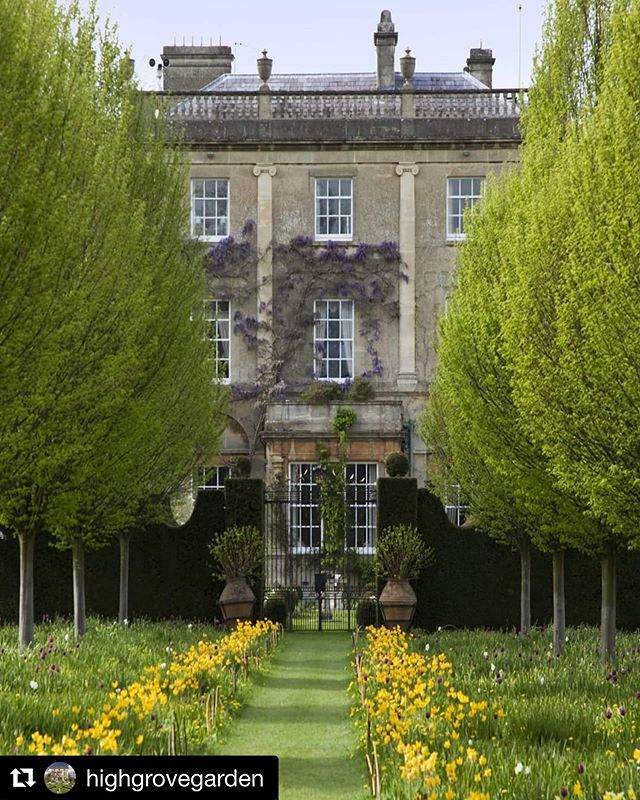 #Repost @highgrovegarden with @get_repost・・・In April we will be hosting some of the nation's leading gardeners for Talking Gardens 2019.We have some fascinating and inspirational talks lined up, all to be enjoyed in the stunning surrounds of Highgrove. Visit our website for more information. #highgrovegardens #talkinggardens #gardening @kategbradbury @adamfrostdesign @christinewalkden @tomstuartsmith @jasoningram @matthewwilsongardens #alantitchmarsh #fergusgarrett